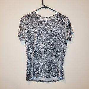 Nike running dri fit short sleeve shirt gray M